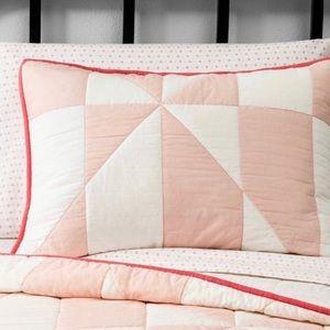 Sham Pink White 20X26 in Cotton Hearth & Hand New